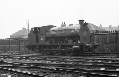'Clifton' (Peckett 2037 of 1943) at PBA, Avonmouth 5/4/58