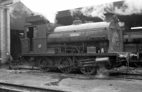 'Fyffe' (Peckett 1721 of 1926) at PBA, Avonmouth 5/4/58