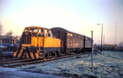 January 1985 - Imperial Smelting Corporation Sentinel loco number 6 hauling 3 empty VDA vans for loading with ingots (Courtesy Paul Stanford)