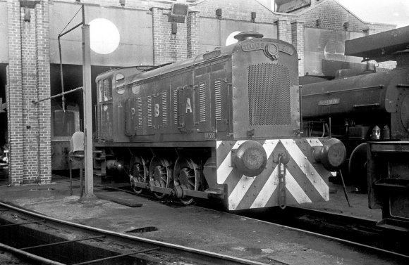 Hudswell 0-6-0D No. 26 (HC D916/1956) at the Port of Bristol Authority, Avonmouth Docks 13/12/64 (Courtesy Roger Hateley/RCTS)